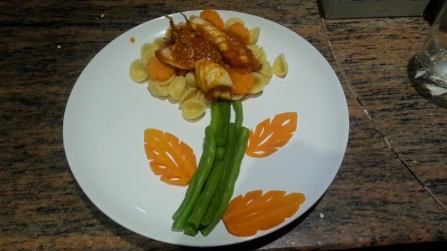 Pasta with chilli squid sauce