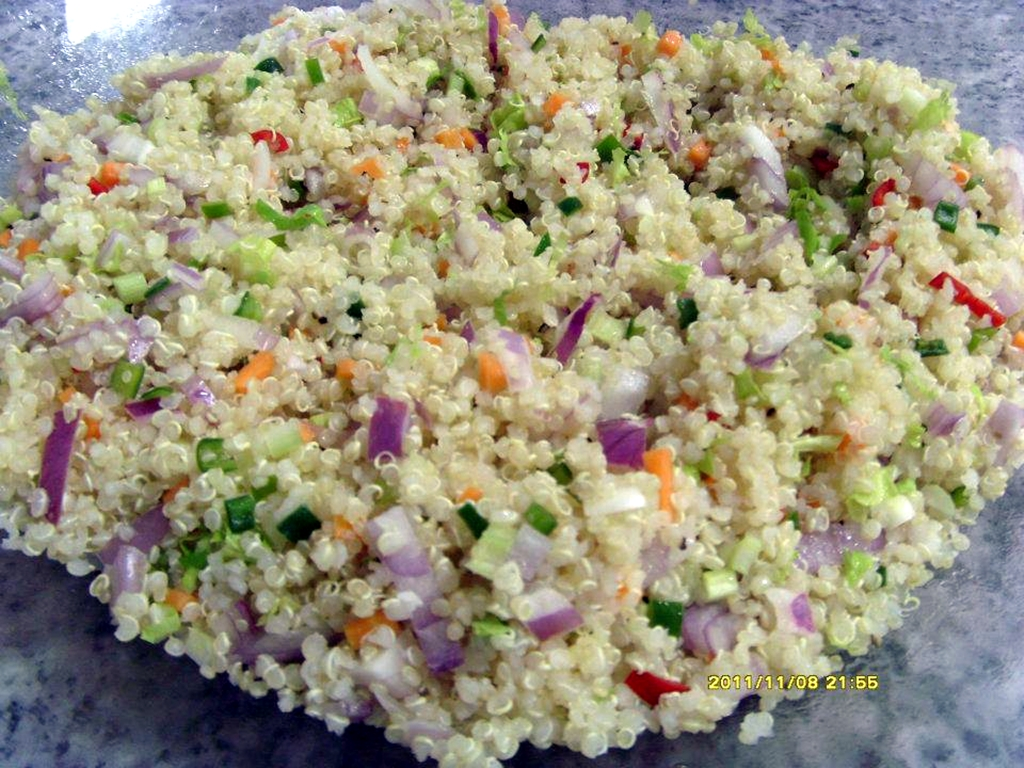 Qiunoa salad